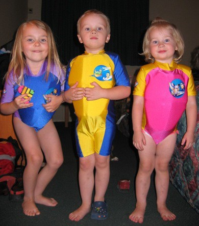swimmer kids Large Web view