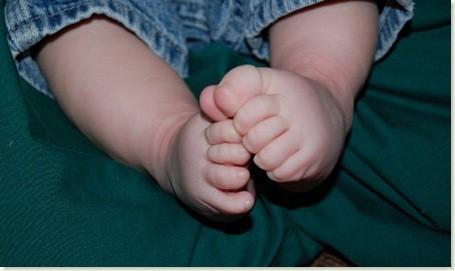 kai baby feet